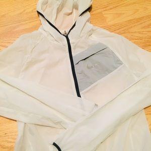 NIKE lightweight running rain jacket